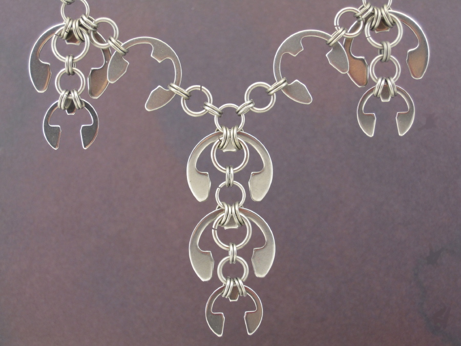 laburnum necklace