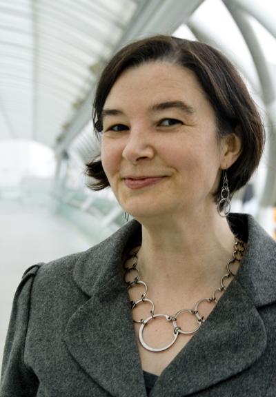 Kelly Jones of Wraptillion